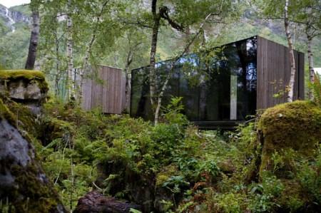 Juvet-Landscape-Hotel-450x299