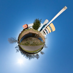 Planet Wall House (Frenklin) Tags: blue sky house holland netherlands wall architecture modern march meer blauw little nederland thenetherlands 360 bluesky fisheye projection planet groningen lucht 8mm blauwe stad architectuur paterswoldsemeer 360view maart 360degrees stereographic planeet 2011 wallhouse hoornsemeer hejduk samyang paterswoldse littleplanet paterswoldermeer stereographicprojection planeetje maart2011 2johnhejdukjohn