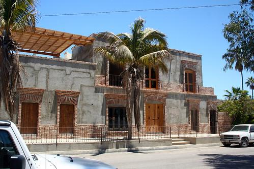 Todos Santos - Building