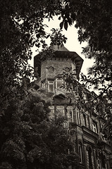 The witches house (Bruno Doinel) Tags: building artdec arquitecture sepia monochrome cursed horror witch vintage