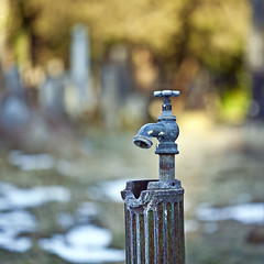 water tap bokeh (andreas gessl) Tags: color water square focus bokeh tap
