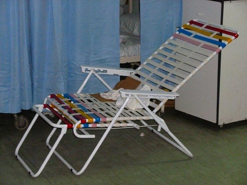 3. The ONLY usable lounge chair on night of Jan 1, 2011