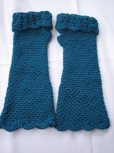 Erin's peacock gloves pic 1