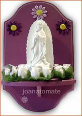 oratório Guadalupe (joanatomate) Tags: tiara flores santaluzia mandala feltro guadalupe madeira fita gancho trevo sãofrancisco oratório portachave matrisoka sãojudas coraçãotecido