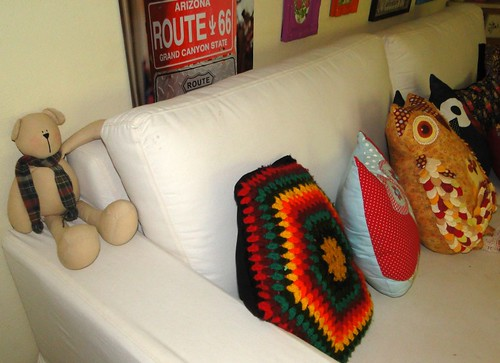 Urso no sofá