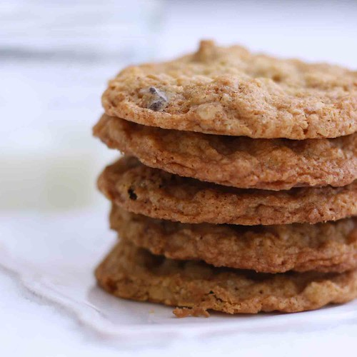 Nutty Granola Oatmeal Cookies