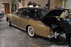 "1964 Rolls Royce Silver Cloud III • <a style=""font-size:0.8em;"" href=""http://www.flickr.com/photos/85572005@N00/5476330305/"" target=""_blank"">View on Flickr</a>"