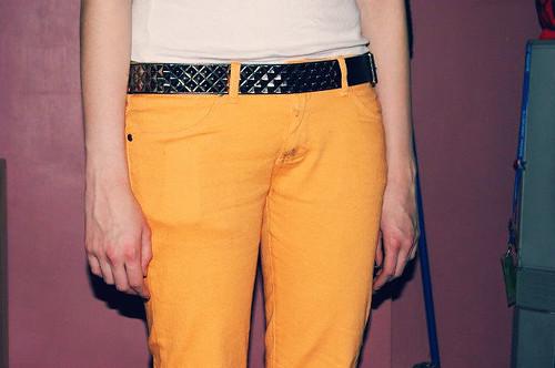 yellow skinny belt jeans