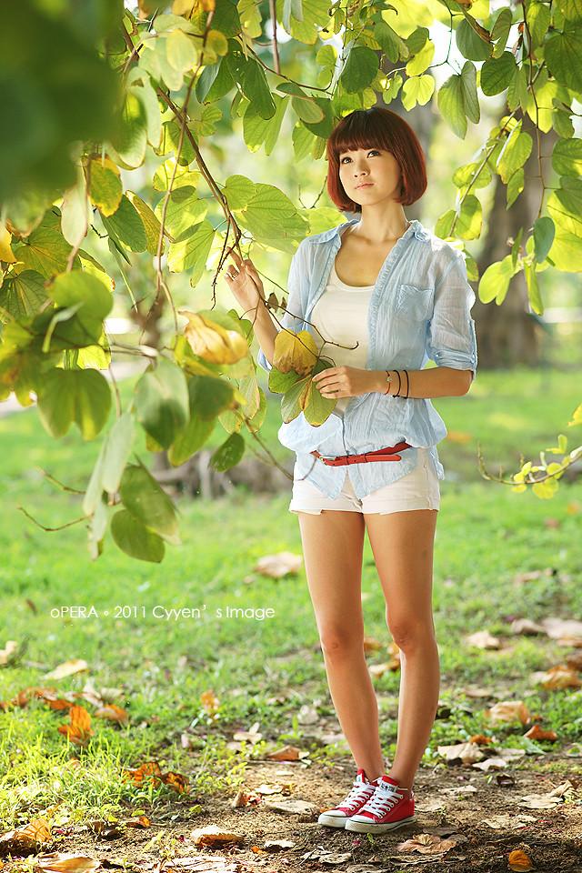 http://farm6.static.flickr.com/5135/5498675789_b4fc779a79_b.jpg