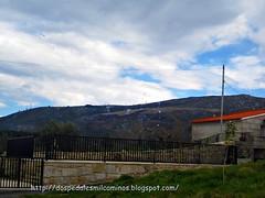 """mascletá"" a los pies del monte Seixo ( Pontevedra )"