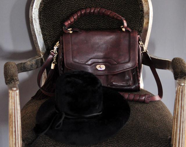 Vintage black hat, Tom Ford Sunglasses, Cynthia Rowley Bag with tassels, J Brand Houlihan skinny cargo pants, steve madden wedges, long blonde hair, DSC_0202