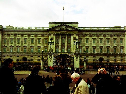 <span>londra</span>Buckingham Palace<br><br><p class='tag'>tag:<br/>londra | cultura | luoghi | </p>