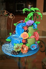 "Hawaii theamed birthday cake • <a style=""font-size:0.8em;"" href=""http://www.flickr.com/photos/60584691@N02/5525363924/"" target=""_blank"">View on Flickr</a>"