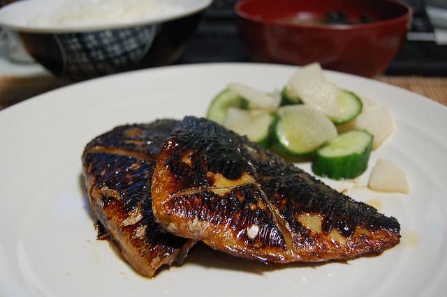 79円の鯖味噌漬け焼きはちょい焦げ!