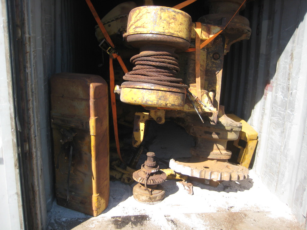 Komatsu Dozer Containerized (15)