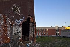 Walter Palmer (paul drzal) Tags: abandoned canon rowhouse fallingdown eskepe tse17mm masonryfailure