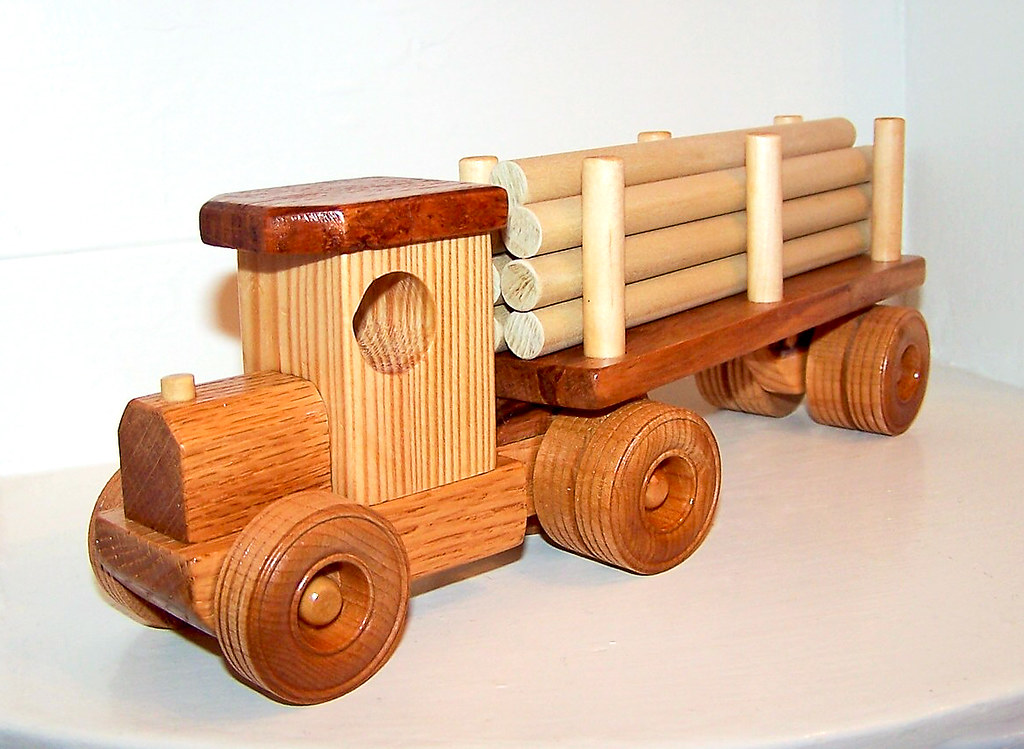 Old Timie log truck with removable trailer and logs