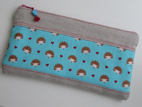 hedgehogPouch