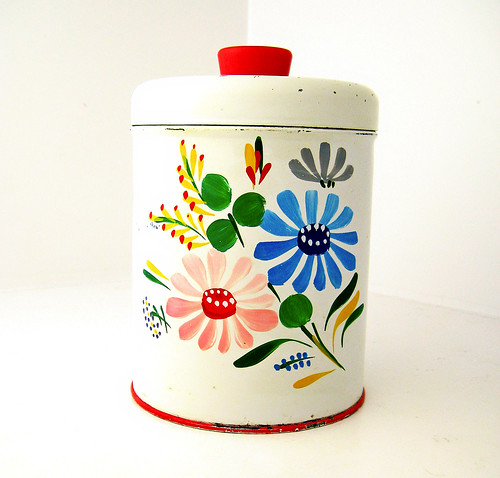 Vintage Enamelware Kitchen Tin by retrovertigovintage