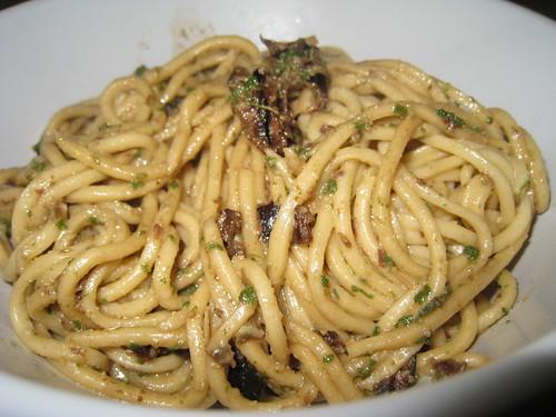 pesto sauge et olives noires
