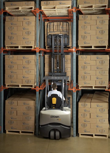 Crown Equipment Introduces Sc 5200 Series Counterbalanced