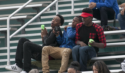 Rainy Weather Doesn't Dampen Spirit at College of DuPage Homecoming 2016 16