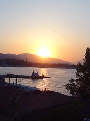 DSC05394 (omirou56) Tags:      43ratio sonydschx9v aigio achaia hellas greece sea sky sunset silhouette