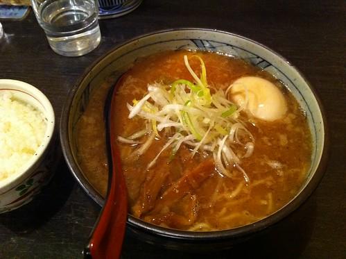 中華そば + 味玉入り (櫻坂)