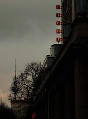2011-01-21 LICHT ([ henning ]) Tags: light red sky berlin canon germany licht powershot fernsehturm henning g11 2011 stalinallee mhlinghaus muehlinghaus