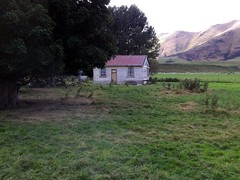Old house, Parawa, Southland, New Zealand (brian nz) Tags: old newzealand house abandoned rural ruins decay colonial cottage crib shack derelict southland dilapidated oldandbeautiful parawa oncewashome