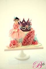 Queen! (Bella Cupcakes (Vanessa Iti)) Tags: birthday roses ruffles pearls crown marieantoinette 60th bellacupcakes