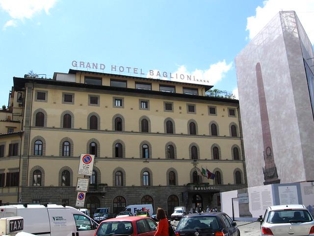 グランドホテル バリオーニ前のフリー写真素材