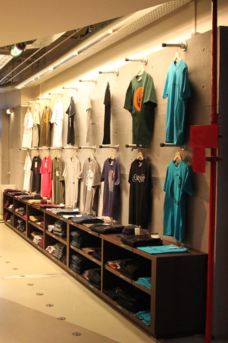 10 Retail Display Ideas To Add To Your Store Simplified Building
