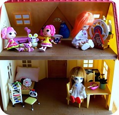 Dollhouse (Teka e Fabi) Tags: