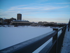 Alexandra Bridge (Museum of Civ is windy building) (rachelsjay) Tags: commute