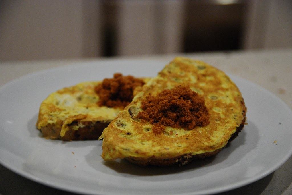 Omelette, pork floss, Hootens multigrain paysan loaf