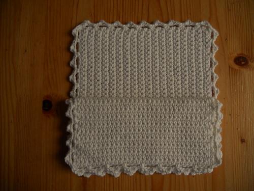 Grootmoeders gehaakte pannenlappen / Crocheted potholders by evstra