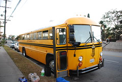 M&J 672 (crown426) Tags: california schoolbus inglewood crowncoach supercoach spabbus mjtransportation