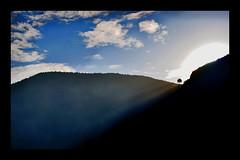 (nikasiopea) Tags: sky cloud sun mountain tree sol sunshine arbol nikon cielo monte rayo montaa nube d60