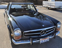 "1971 Mercedes 280 SL • <a style=""font-size:0.8em;"" href=""http://www.flickr.com/photos/85572005@N00/5474240353/"" target=""_blank"">View on Flickr</a>"