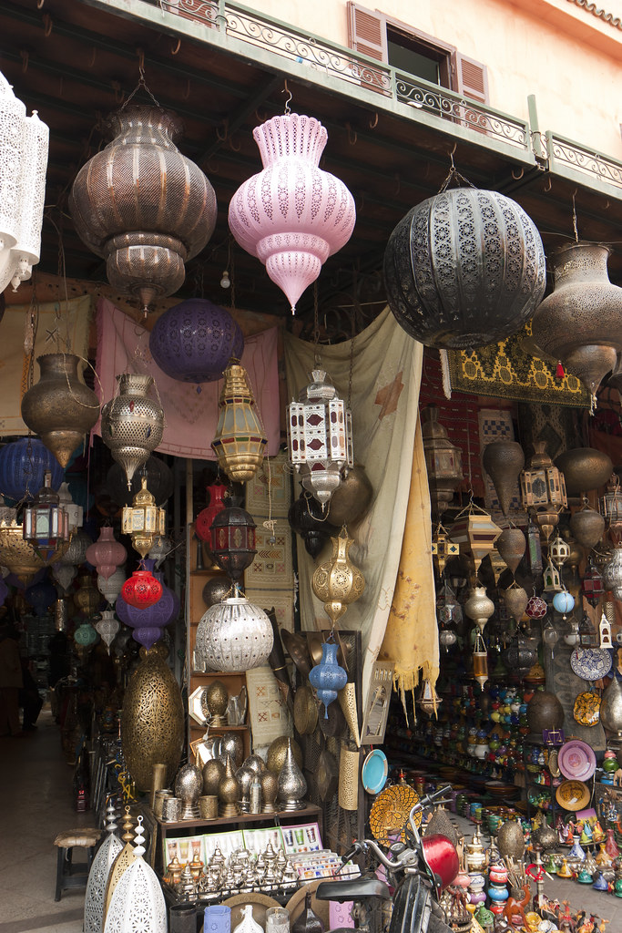 Lamp shade shop