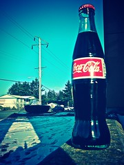 Frosty bottle of refreshing Coca-Cola () Tags: seattle winter usa snow glass weather childhood cane vintage real washington state bottles drink united traditional memories beverage royal tasty coke frosty pop retro sugar delicious american americana soda tacoma taste cocacola states roadside refreshing iconic tasteful canesugar addictive mexicancoke hfcs