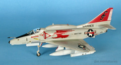 A-4F Skyhawk VMAT-102 (dm.miniatures) Tags: usmc miniature fighter aircraft attack jet scooter marines douglas a4 bomber skyhawk 172 hasegawa scalemodels modelmaster plasticmodelkit a4f attackaircraft vmat102 modernjet