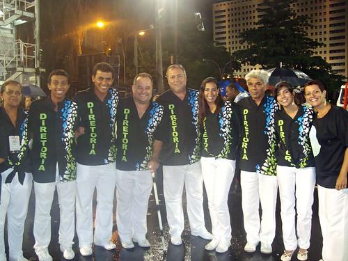 ACADÊMICOS DA ROCINHA - Desfile de 2011 na Marquês de Sapucaí  (05/03/2011) - O deputado estadual Rafael do Gordo (3º) desenvolverá projetos na Rocinha. Ele é amigo do ex-presidente Ivan Martins e do ex-diretor Salgado