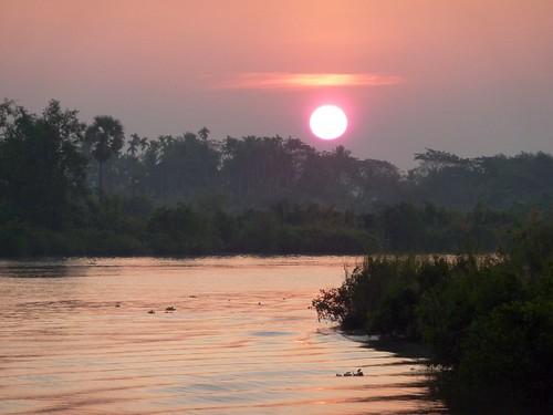 Yangon-Pathein-Bateau-Lever de soleil (3)