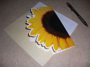 Sunflower notecard sent to PostMuse from Swap Bot