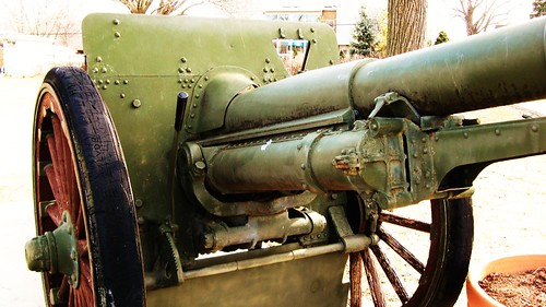 Historic United States military cannon from World War 1 on display. Morton Grove Illinois USA. Monday, March 14th, 2011. by Eddie from Chicago