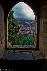 It's not HDR (Paulo Heuser) Tags: castle portugal window ventana nikon lisboa fenster finestra castelo janela chateau schloss castillo castel fenetre castelodesojorge d3000 dwwg