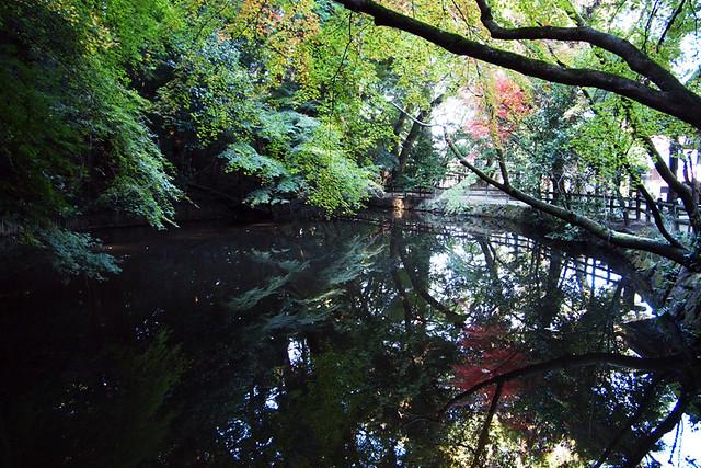 20101119_092100_石上神社