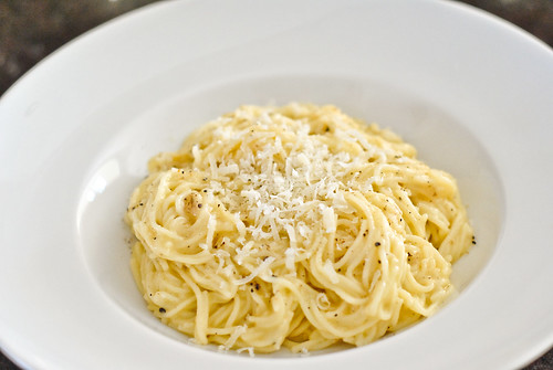capellini with cheese and black pepper